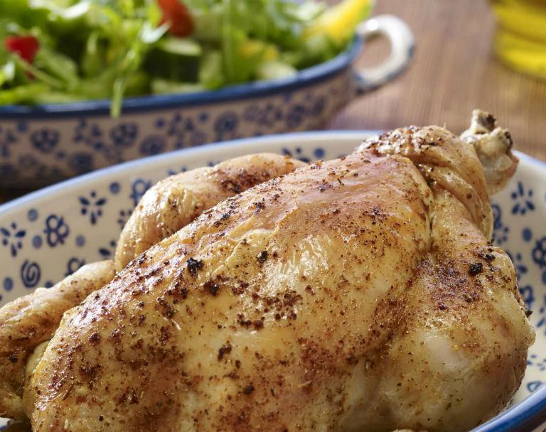 Rodzinny kurczak z farszem orzechowo-migdałowo-rodzynkowym